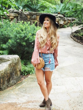 Austin Fashion Blogger Prochnow